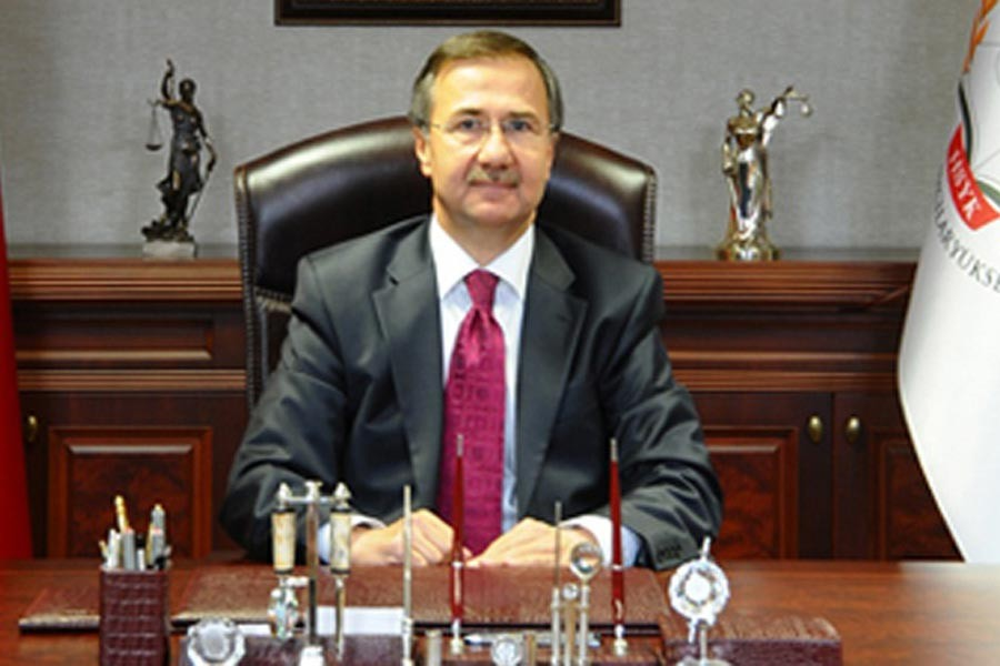 Prof. Dr. Ahmet Gökcen - Marmara Üniversitesi Hukuk Fakültesi Öğretim Üyesi